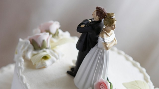 divorce, marriage, wedding cake